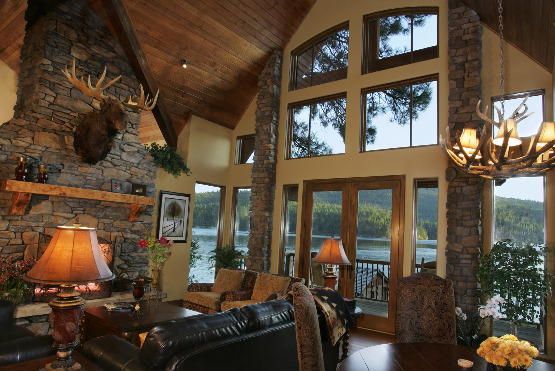 Coeur d'Alene Residence Great Room