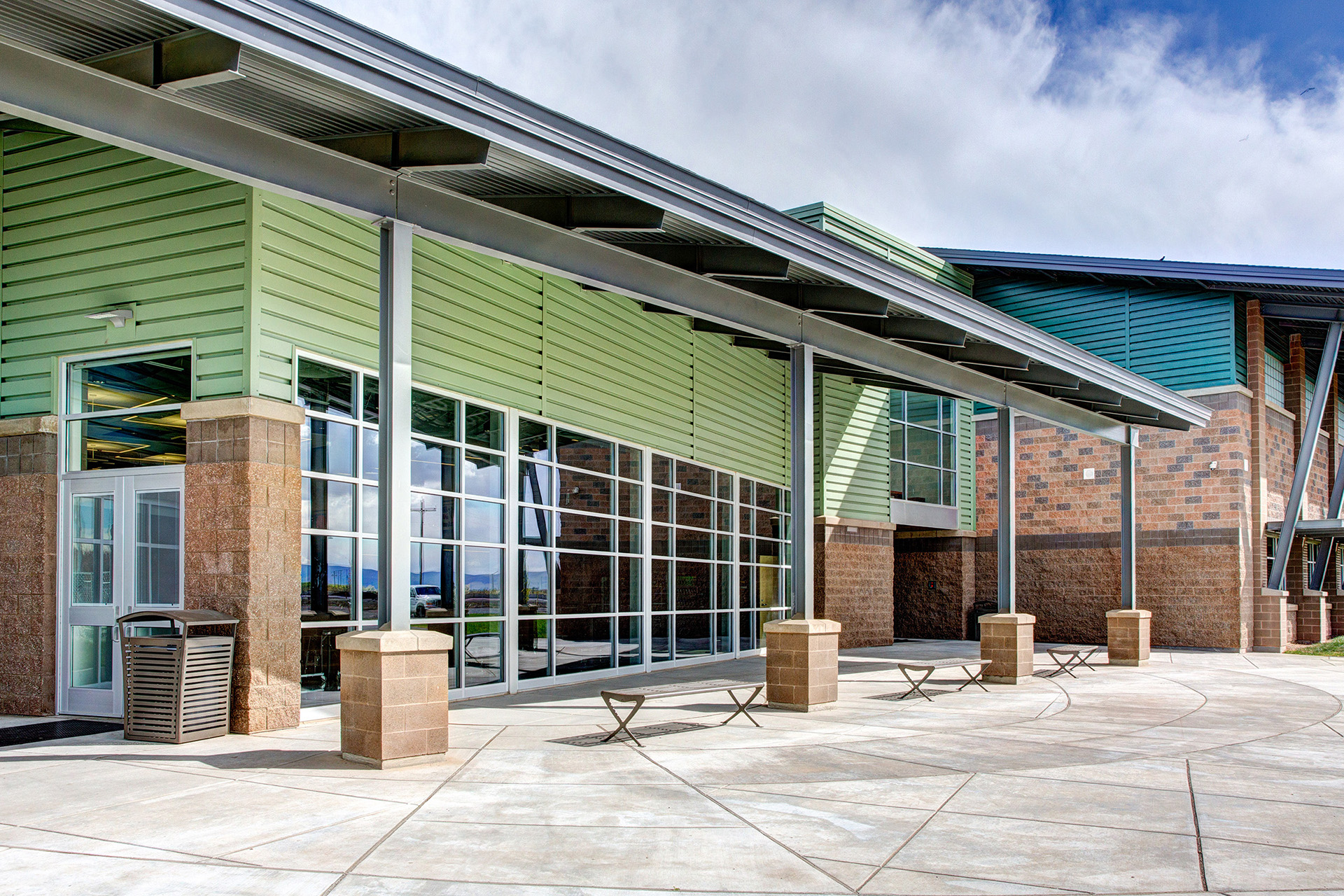 Wapato High School Exterior