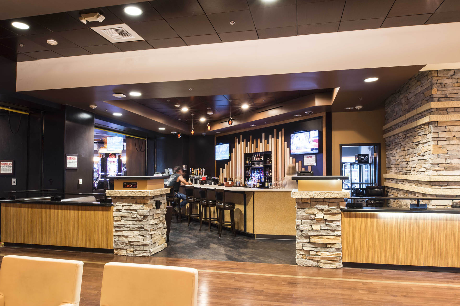 Wildhorse Resort & Casino Lobby Bar
