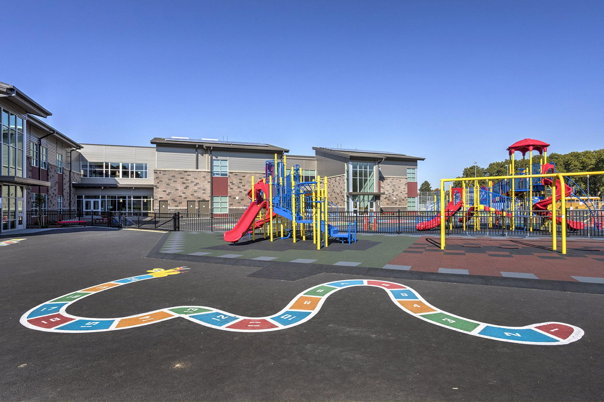 Gib Olinger Elementary School Playground