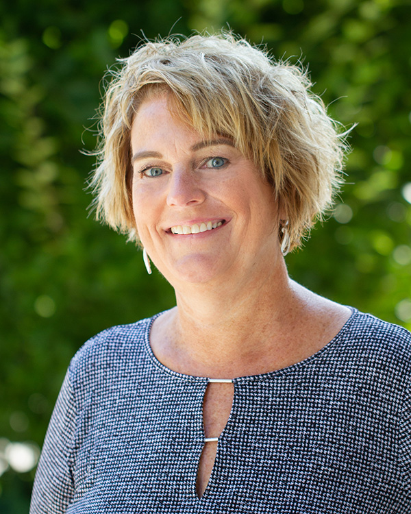 Julie Van Wormer